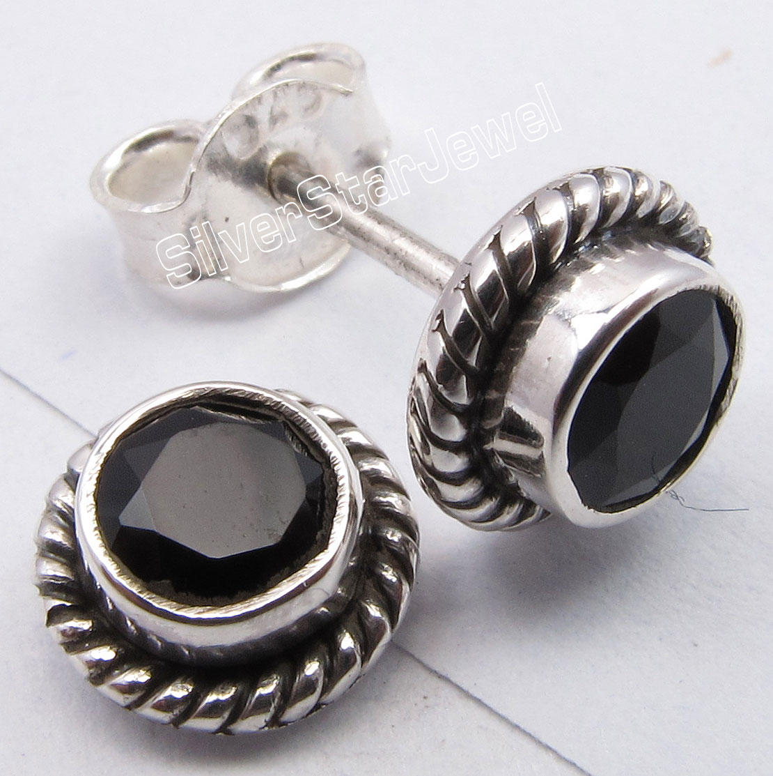 Silver BLACK ONYX Cut GEM STONE Old Style Exquisite s Earrings 0.8CM New1 Pair of Earring pair of exquisite opal embellished square decorated earrings