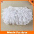 Cute White Color Baby Lace Bloomers Little Girls Ruffles Shorts With 3 Sizes Infant Cotton Underwear Toddle Pants Diaper Covers