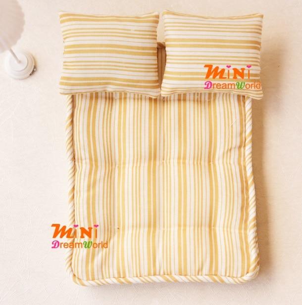 Mini Dollhouse Furniture Model Mattress Pillow Three Pieces