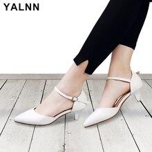 YALNN Fashion Women Buckle Sandals Med thembra Verë Lëkurë e bardhë dhe e Zezë Grua thembra Verë sandale