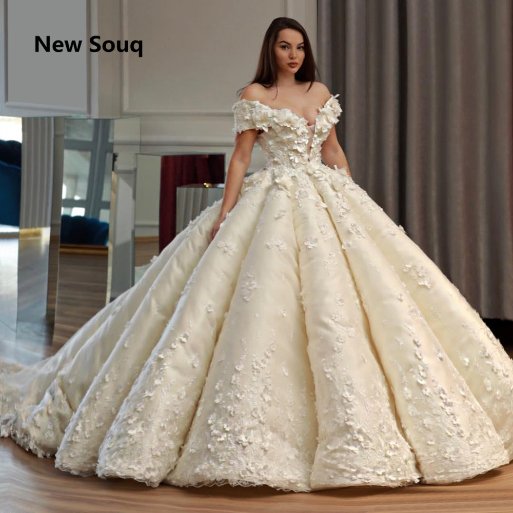 Exquisite Ball Gown Wedding Dresses Arabic Dubai Turkish Wedding Gowns Off The Shoulder Lace Up Back Applique Bridal Dress