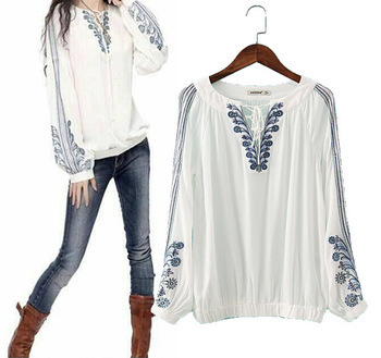 2015 blusas Vintage Blue White Floral Embroidery Loose Blouses Shirts Women Long Sleeve Casual Shirt Lace V Neck Pullover Tops