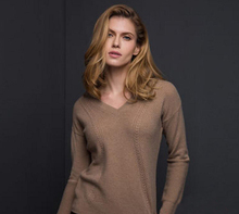 100%Cashmere Brown Sweater Women Pullover V-neck Fashion Style Warm Soft Solid Natural Fabric High Quality Free Shipping