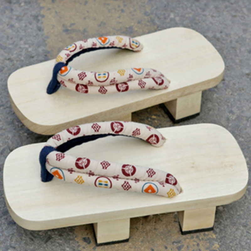 CoolFar 2017 Summer men Sandals Japanese Geta Man Clogs shoes Wooden Slippers Cosplay light color men sandals ,men slippers