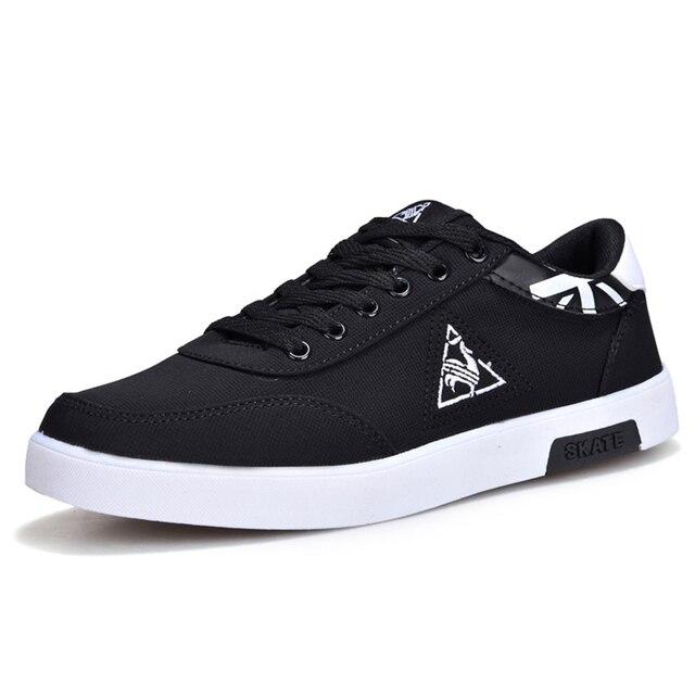 f79b2705062fe Hot Sale Preto Sapatos de Skate Homens Tênis de Lona Adolescente  Entertaiment Skate Sapatos Respirável Sapatos