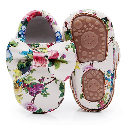 Fashion Floral printing hard sole toddler moccasins first walker shoes PU leather cute bow baby girls shoes infant walk shoes 2016 brand cute girls clothes summer children dresses plaid casual princess dress girls vestidos 10 old roupas infantis menina