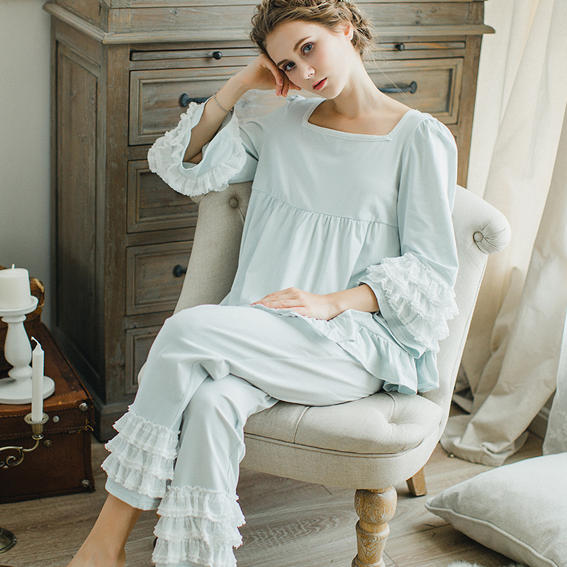 New Sexy Autumn and Winter Women Princess Modal Lace   Pajamas     Set   Lady Pyjimas Sleepwear European Retro Style Home wear QW1718