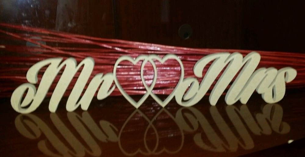 free shipping RAW Mr and Mrs FREESTANDING sign wedding decoratio MR&MRS n M letters Wedding props