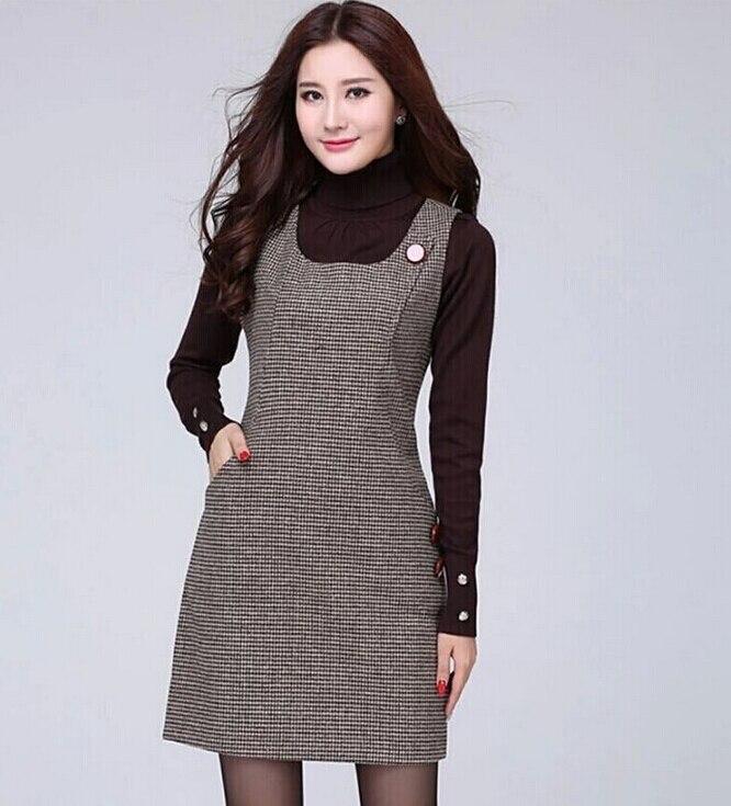 Шерстяное платье без рукавов