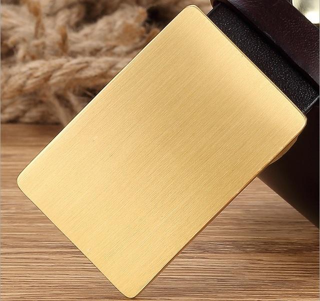 Latón macizo hebilla de cinturón para los hombres mens cinturones de lujo de alta calidad de piel de vaca plena flor de cuero genuino moda casual 2017 nuevo diseño