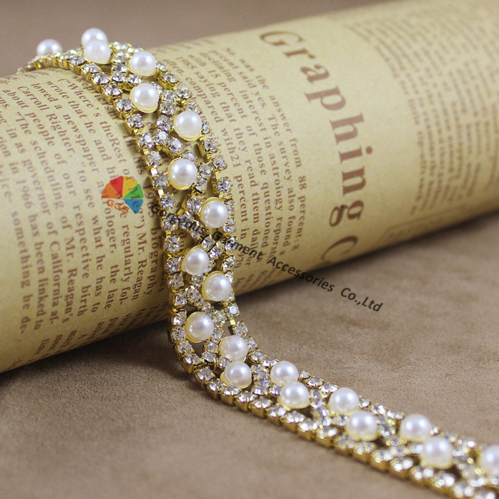 1 yard Wave shape Pearl Clear Rhinestone Trim Crystal Cup Chain Bridal  Dress Applique Stones Decoration for Belt Sash Bags Shoes-in Rhinestones  from Home ... a735bcf4d97a