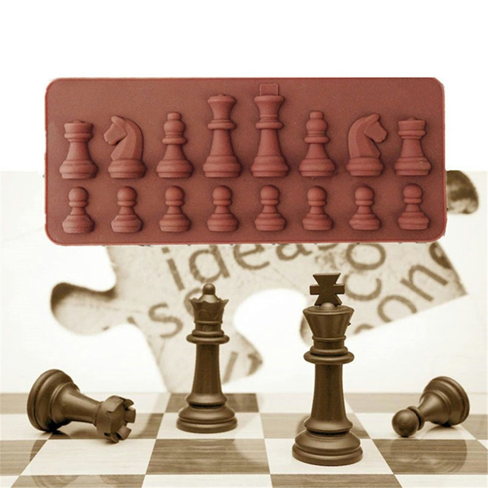 Original Pop Mart Molly International Chess Collection Figure For Fan Collection And Birthday Christmas Gift Durable In Use Action & Toy Figures