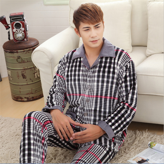 New Men Flannel pajamas Classic fashion style Coral cashmere stripe Home casual wear Two-piece suit wholesale