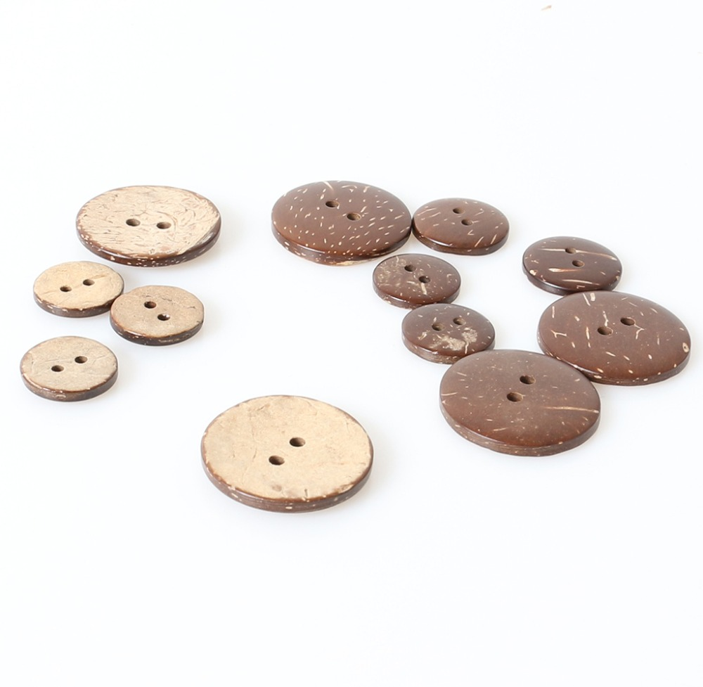 Sewing, Scrapbook 25mm Craft 4 Hole 10 Green Classic Wooden Buttons
