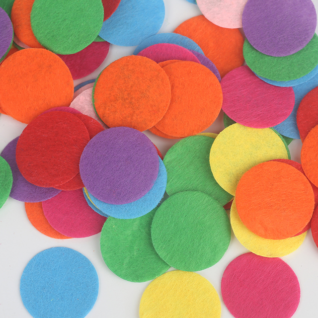 New! 300Pcs/lot 15-30mm Random Mixed Color Round Felt fabric pads accessory patches circle felt pads, fabric flower Accessories