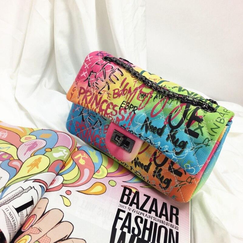 Haute qualité designer marque femmes cartables sac bandoulière sacs à main pu cuir Doodle Graffiti fourre-tout noir chaîne diamant treillis