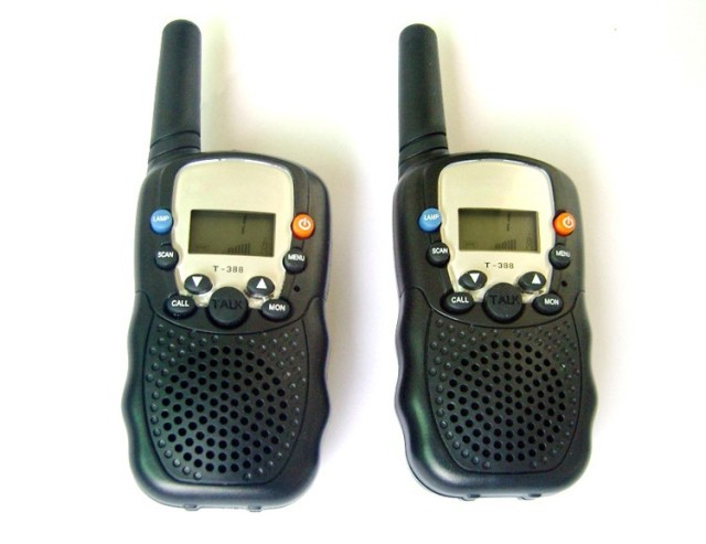 t-388 walkie talkie single piece  t388 walkie talkie 0.5W UHF cheapest with free shipping talk about radio 2PCS=1 PAIR