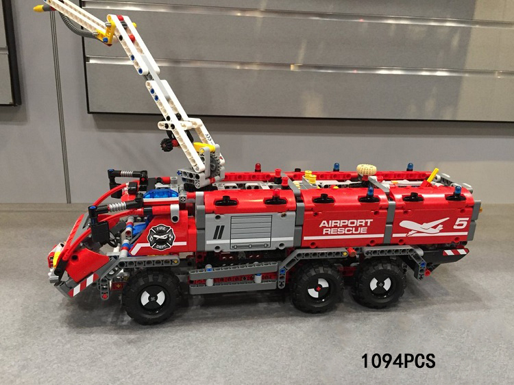 Hot technican technics airport fire rescue vehicle 2in1 building block model truck trailer bricks 42068 toys collection for gift hot technician technics extreme adventure 2in1 building block model tracked vehicle bricks 42069 toys collection for kids gifts