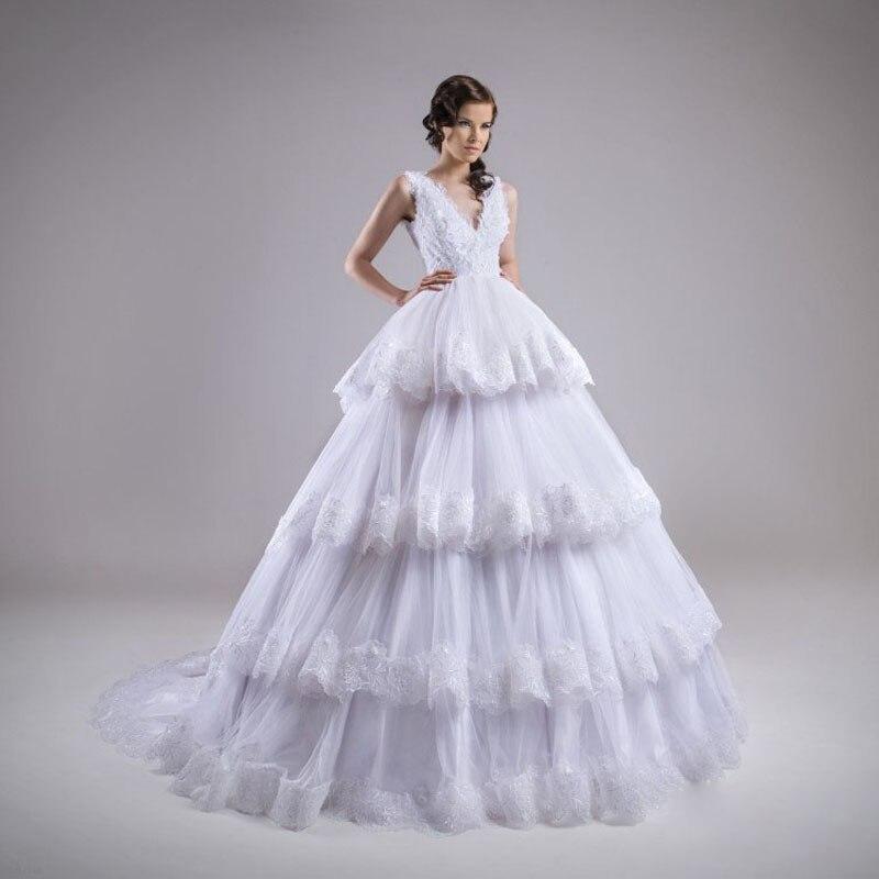 Elegant Organza Designer Ball Gown Wedding Dress 2017 Sexy V Neck Luxury Lace Hem Tiered Chapel Train Robe De Mariage
