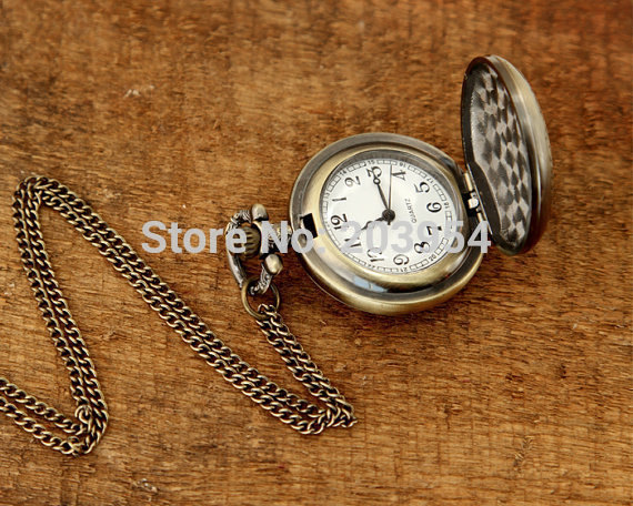 1pcs/lot Pocket Watch quartz locket necklace vintage Sleeping Beauty Kiss Pendant key Chain steampunk antique bronze mens lover