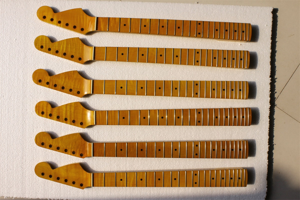 one right Electric guitar neck flame maple made 25.5 maple color Bolt on maple fingerboard fine quality 22 fret 25 5 electric guitar neck mahogany made bolt on maple fingerboard fine quality 22 fret 0019
