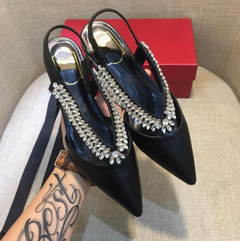 2019 new summer wild rhinestone pointed flat female sandals single shoes leather low heels women shoes2019 new summer wild rhinestone pointed flat female sandals single shoes leather low heels women shoes