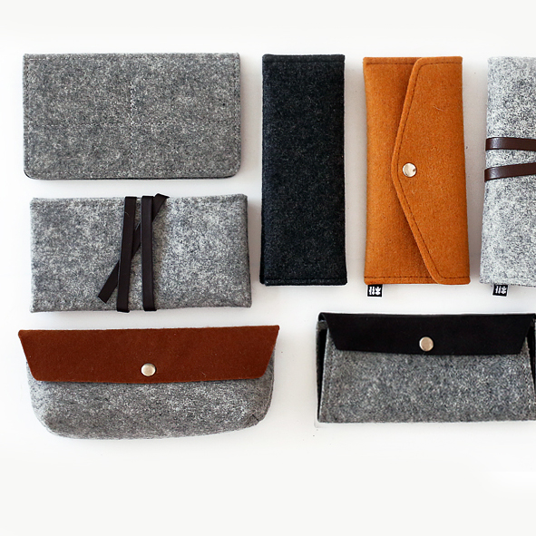 Simple Wool Felt Belt Pencil Bag Pen Case Creative Multifunction Stationery Pouch Cosmetic Makeup Bag Large Capacity art deco retro wall lamp american country wall light resin deer horn antler lampshade decoration sconce free shipping