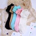 2016 Nuevos Calcetines Del Cordón de la Mujer de Moda Del Ocio de Alta Calidad Calcetines de Algodón Peinado de Color Caramelo Calcetines Lindos Calcetines Cortos Para La Mujer Chica Virgen