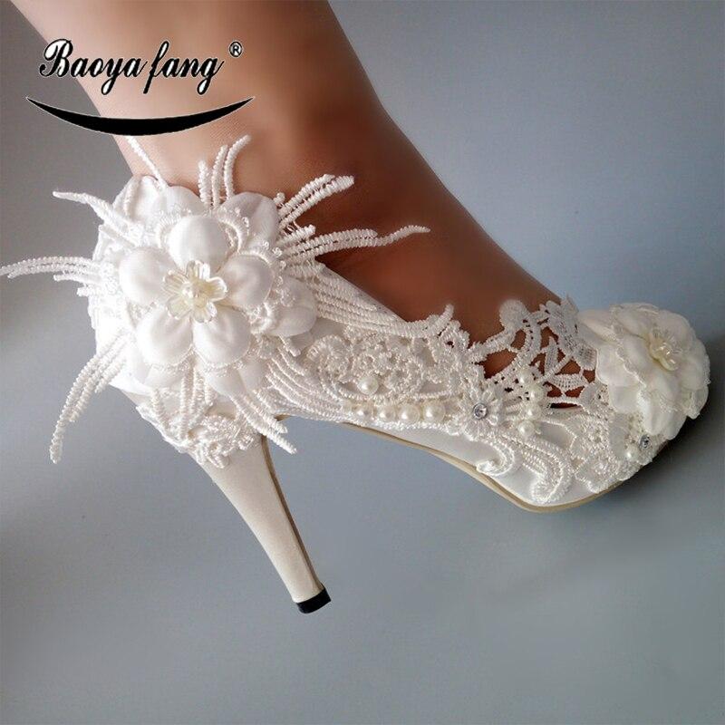 BaoYaFang Nieuwe 2018 Wit Kant bloem schoenen vrouw Hoge hakken Pumps Vrouwen trouwschoenen Peep Toe mode schoenen gratis verzending-in Damespumps van Schoenen op  Groep 1