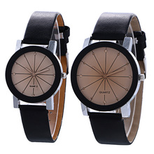 2pcs Drop Shipping Simple Fashion Watches For Men Women Leather Band Wrist Quartz Watch Digital Couple Wristwatches for Lover