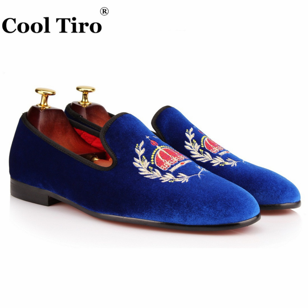 Здесь продается  COOL TIRO velvet with embroidery men Loafers Casual Luxury Casual Flats Smoking Slippers Slip-on Party and Wedding Casual shoes  Обувь