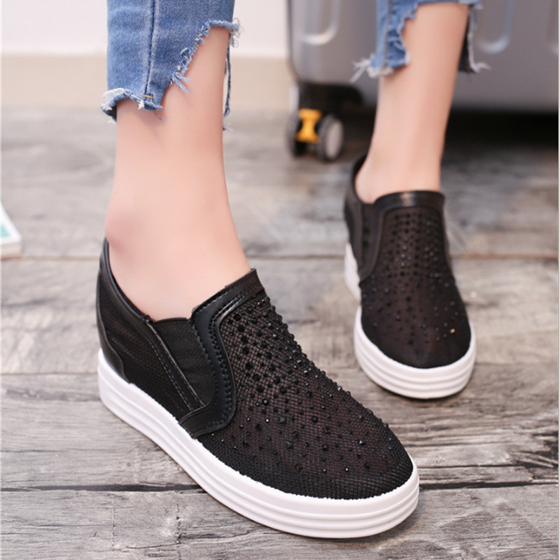 2017 Summer Women Shoes Casual Cutouts Mesh Canvas Shoes Hollow Out Crystal Breathable Platform Flat Shoe Sapato Feminino 914210 2017 summer women shoes casual cutouts lace canvas shoes hollow floral breathable platform flat shoe sapato feminino