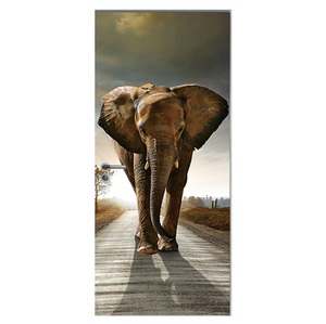 Image 2 - 도어 스티커 3d 기린 코끼리 호랑이 말 동물 거실 문 장식 포스터 방수 아트 벽지 침실