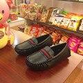 Mocassins 2016 Outono Crianças Sapatos Meninos Sapatos de Couro do bebê Macio E Confortável Flat Sapatos Casuais Meninos Sapatilhas Deslizar Sobre Mocassins