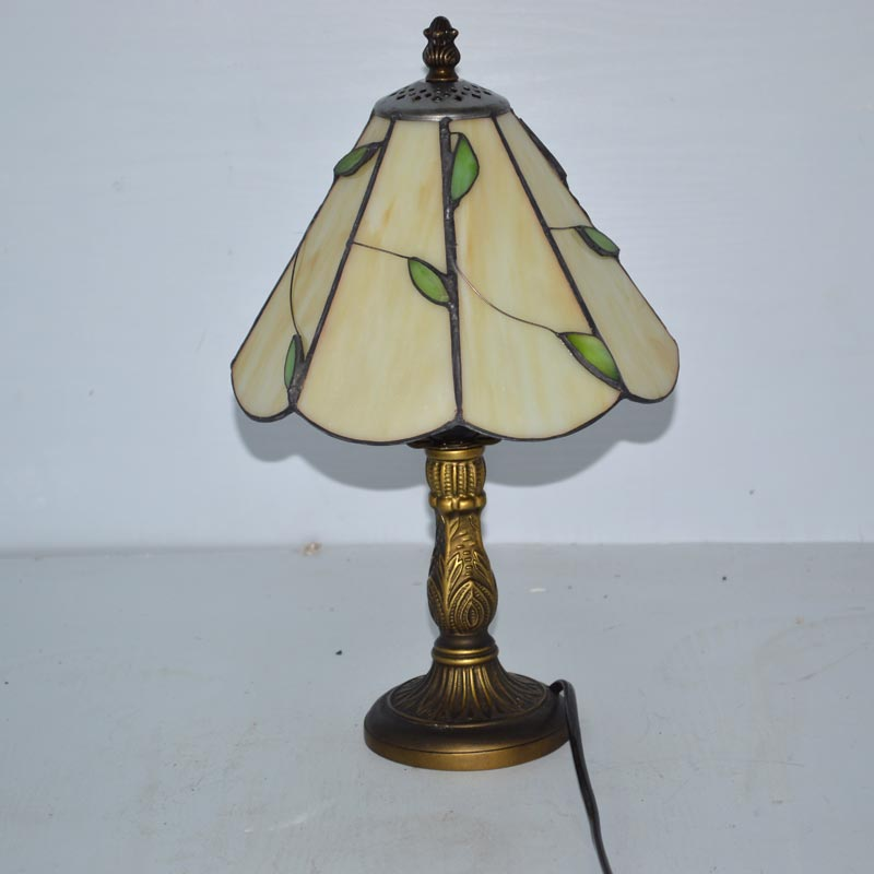 Stained Glass Lampshade Tiffany Table Lamp Fresh Country Bedside Lamp E27 110-240V