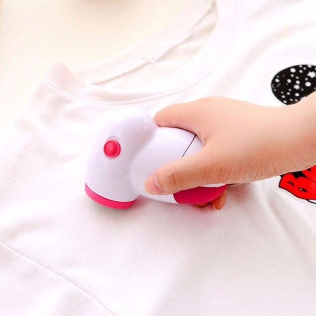Portable Clothing Pill Lint Remover Sweater Substances Shaver Machine Power By Two Batteries Fabric Shaver Trimmer Lint Removers