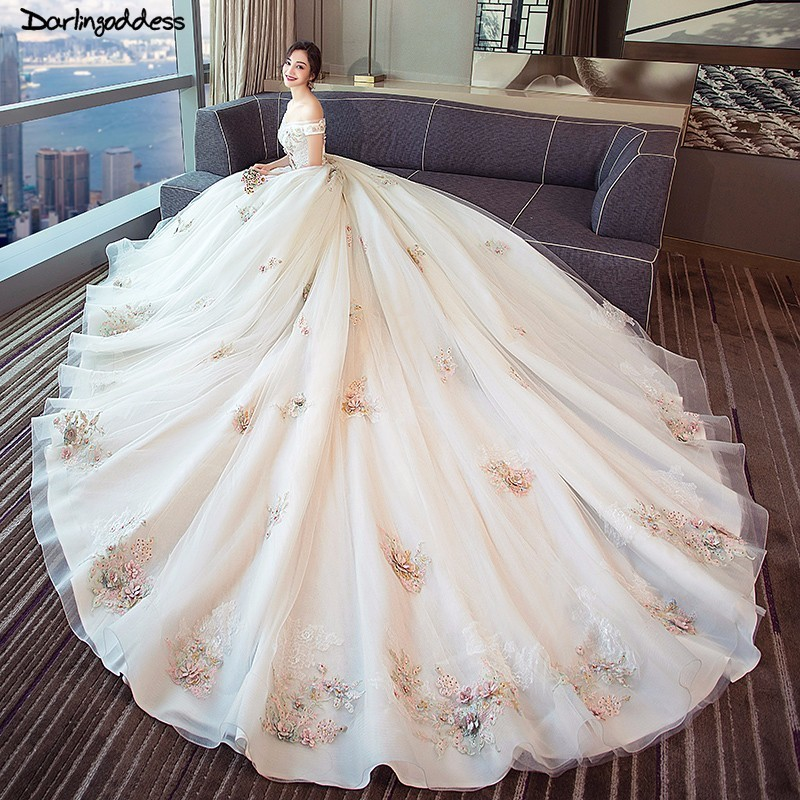 US $153.6 30% OFF|Robe de Mariee Plus Size Wedding Gowns 2018 Luxury  Embroidery Pearls Lace Up Princess Wedding Dress Royal Train Vestido De  Noiva-in ...