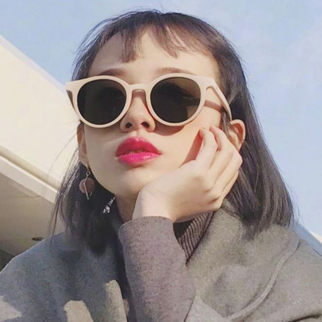 6f20e746a9eb1 2018 New Korea V Brand Designer Cat Eye Sunglasses Women Pink Candy Round  Tinted lens Sun Glasses For Ladies Luxury shades UV400
