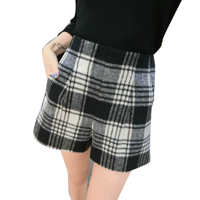 womens High waist plaid woolen shorts A-shaped autumn winter thin large size 3XL wide leg Houndstooth Bottom boots shorts