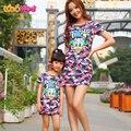 Moda mamá y los niños pareja parece familiar vestido de traje a juego ropa de dibujos animados vestido de partido vestido de madre e hija ropa