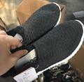 2016 otoño nuevo bebé negro zapatillas de deporte de los niños zapatillas de deporte de malla niñas zapatillas de deporte de marca niños zapatos para niños zapatillas de deporte de moda