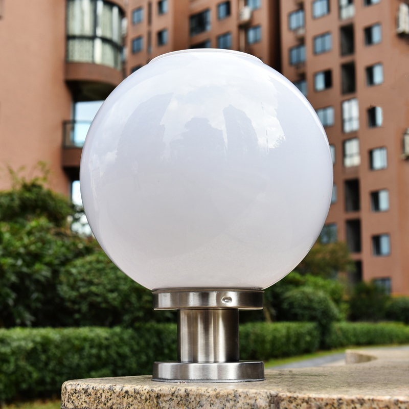 Outdoor courtyard pillar lights bright led solar pillar light ball shape landscape home fence lamp bison rolling grill