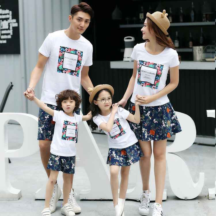 d9b34054 Wholesale cotton Korean Family pack summer 2019 new short sleeve t shirts  suit mother father baby tops -in Matching Family Outfits from Mother & Kids  on ...