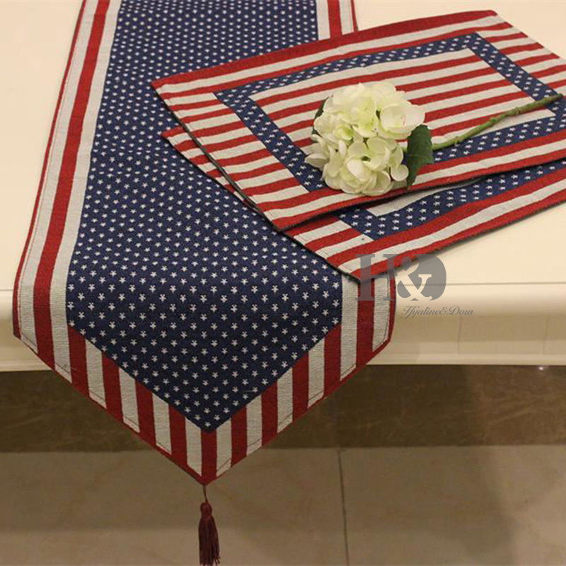 2PCS/lot American Style Tapestry Wedding Bed Table Runner Table Cloth  Dining Mat Coasters Slip