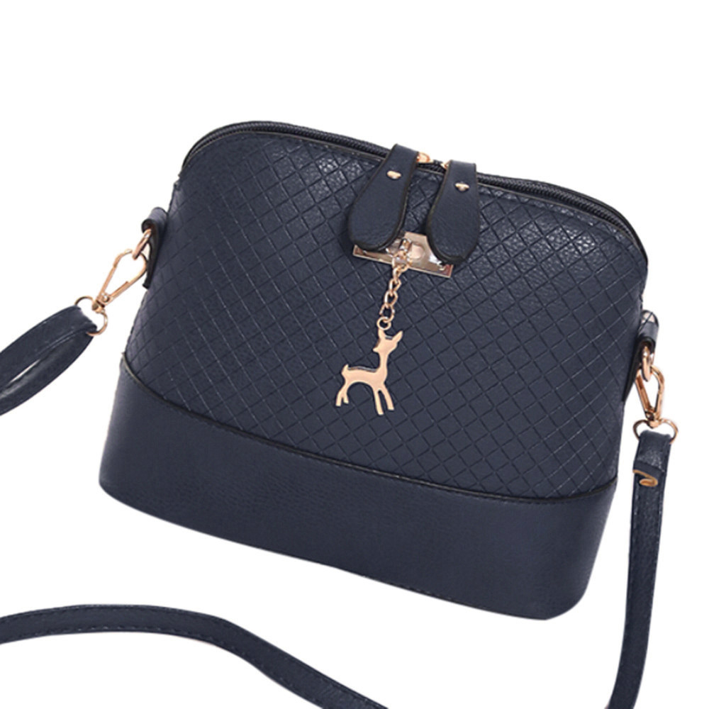 48c23ed2156ed HOT SALE!2018 Women Messenger Bags Fashion Mini Bag With Deer Toy Shell  Shape Bag Women Shoulder Bags handbag New Gifts Hot