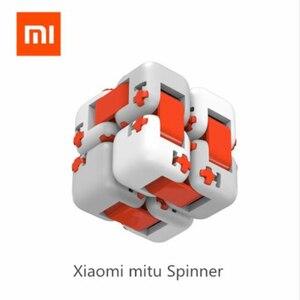 Image 1 - XiaoMi bloques de construcción Mitu Finger Bricks Mi, Spinner de dedo Original, regalo para niños, construcción portátil de seguridad, Mini juguetes inteligentes