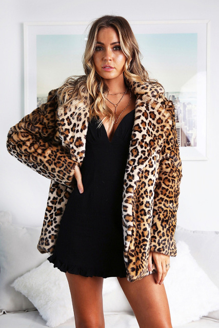add73f0d8 US $31.2 22% OFF|Fashion Faux Fur Coat Sexy Women Night Club Celebrity  Evening Party Christmas Winter Warm Leopard Print Women Coat-in Faux Fur  from ...