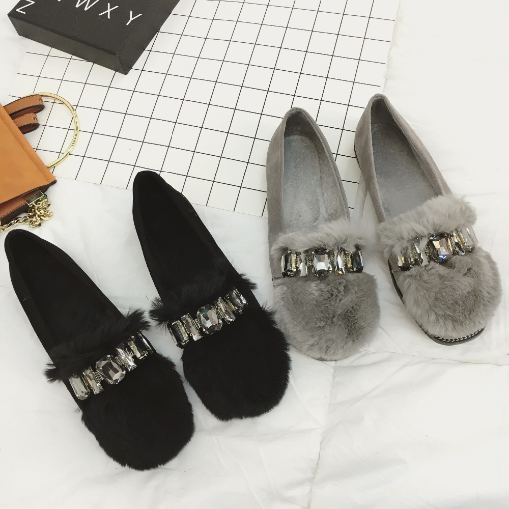 MOLAN Brand Designer New Fashion Soft Rabbit Hair Flat Peas Shoes Woman Luxury 2017 Crystal Loafers Lady Shoes Casual For Winter new 2016 european brand designer winter warm flats black leather rabbit fur loafers metal decorated hot sell flat shoes women