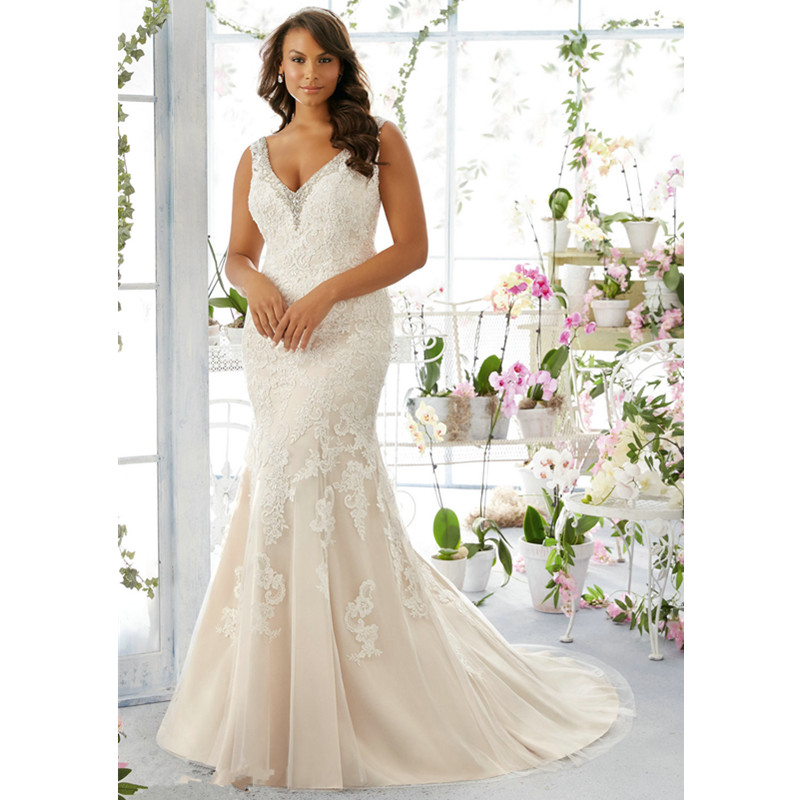 plus size lace mermaid wedding dress rm3195 elegant appliques v neck sleeveless large size wedding gowns