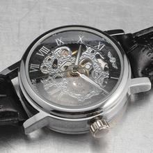 2016 זוכה חדש מותג גבירותיי שעונים גילוף האוטומטי מכאנית עצמי רוח שלד עור חיוג רומי רצועת שעוני יד לנשים